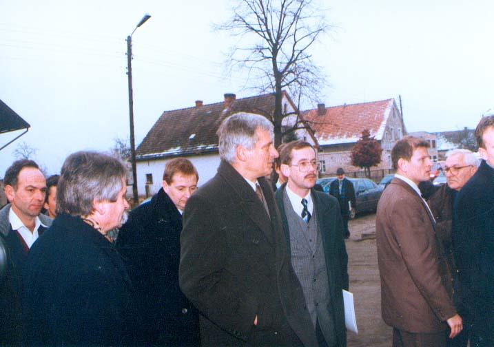 Premier Jerzy Buzek w Ciepielowicach