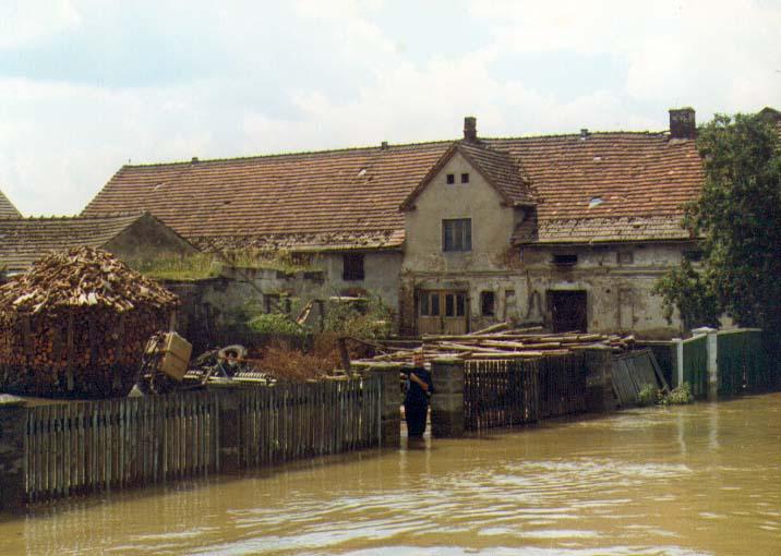 uszkodzony dach na stodole w Czepielowice