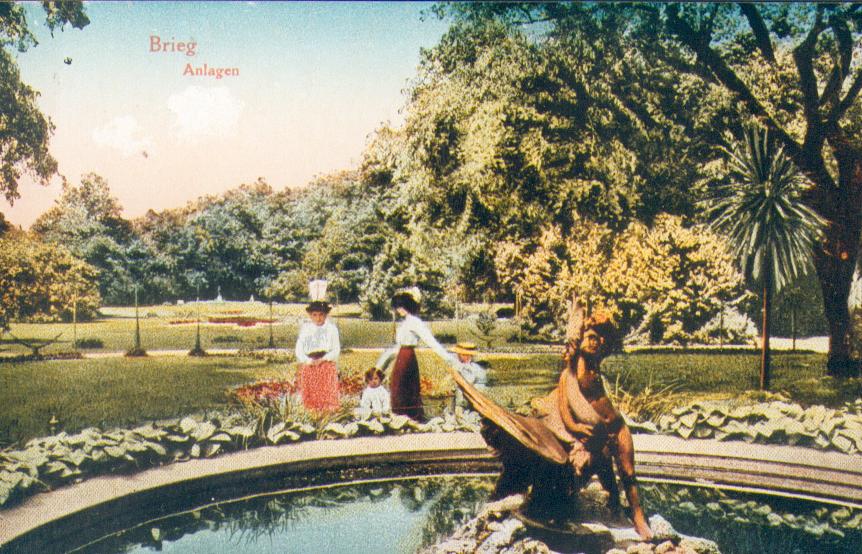 Park Centralny - fontanna z łabedziem