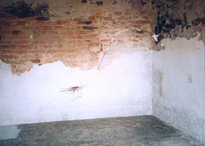 zalane mieszkanie w czepielowicach