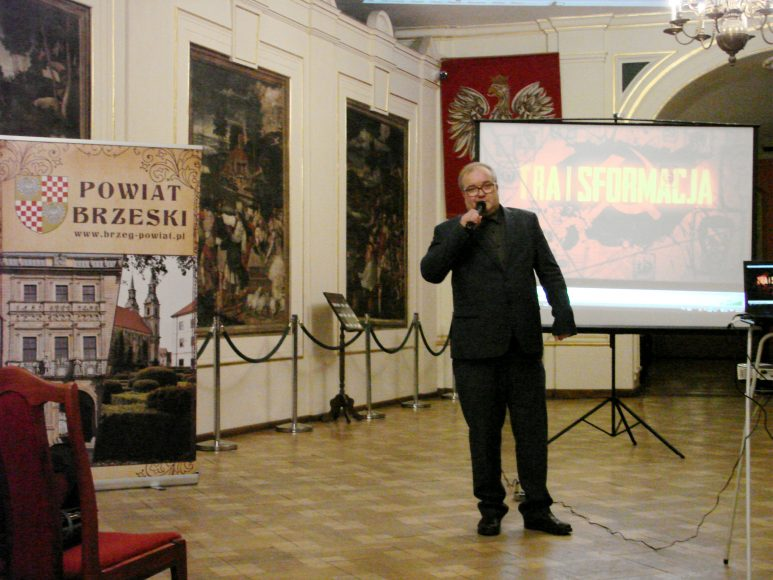 Bolesław Bezeg otwiera wystawę