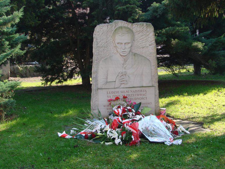 Obelisk ks Jerzego Popiełuszki