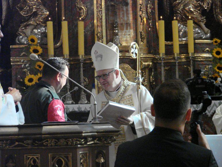 biskup Czaja DSC01440
