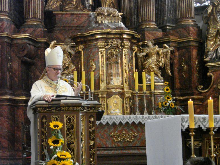 ks biskup Czaja 1 DSC01428